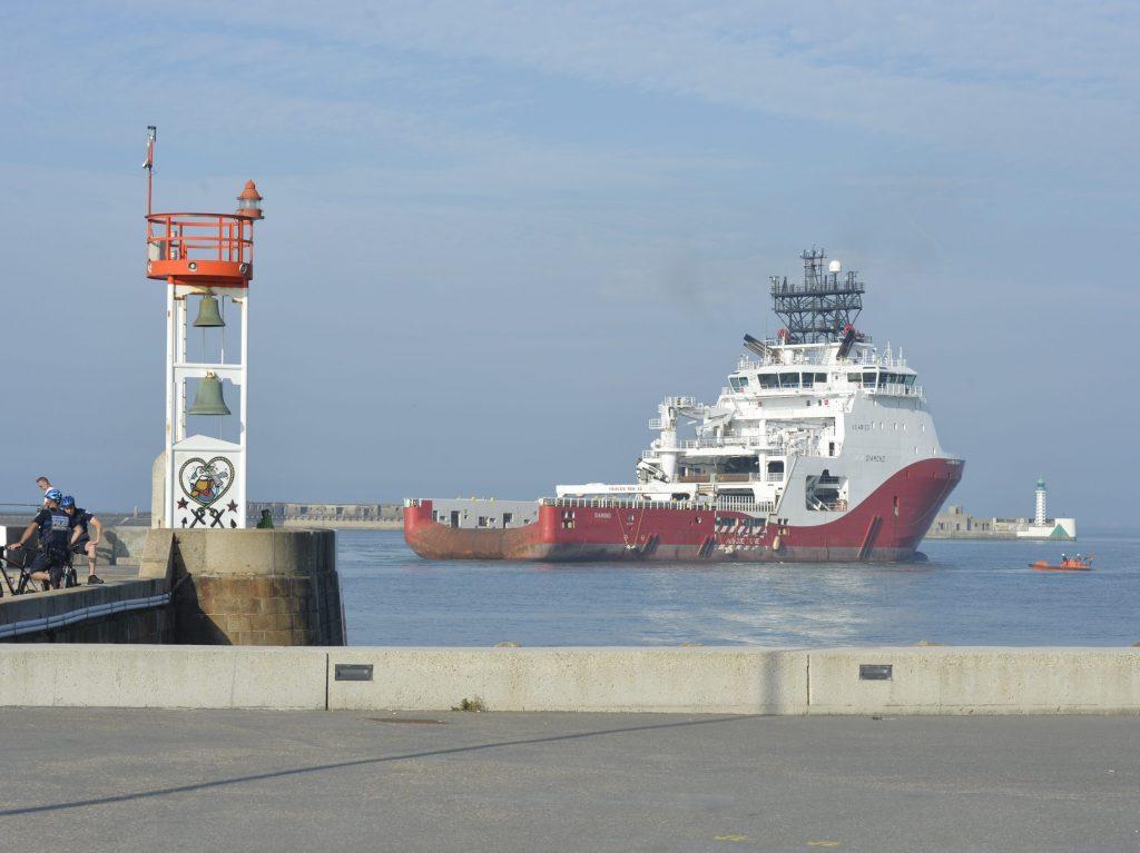 Le Diamond quitte Le Havre